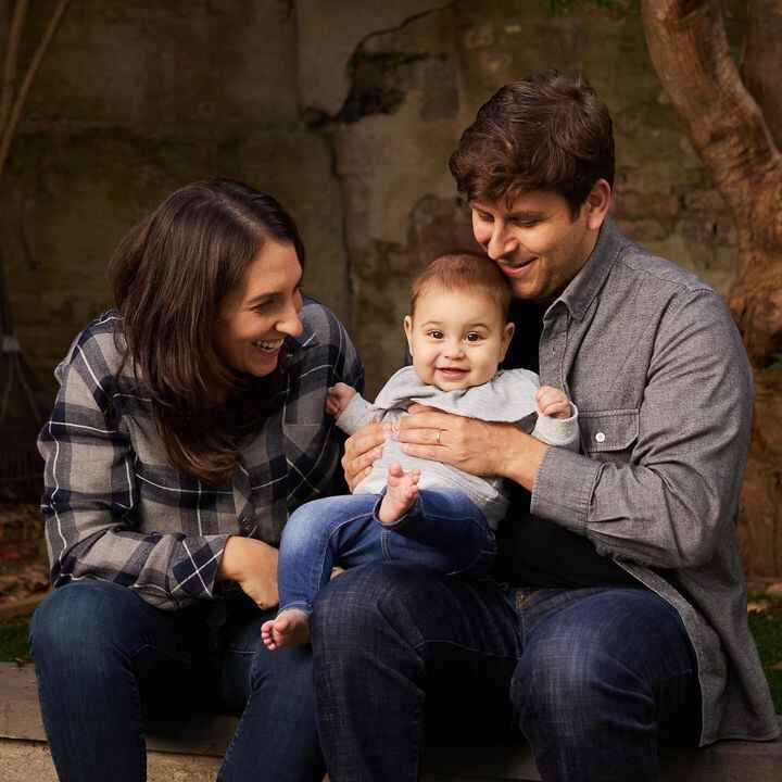 Fall is for family photos! Loving this adorable Brooklyn family basking in the October light 🍁 👶🏻                       ...