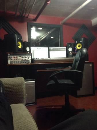 Real Wild Studio Pics
