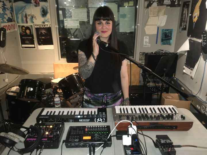 Parisian darkwave artist Hante. on last night's WNYU Radio show for an exclusive in-studio set, on-air talk, and the sha...
