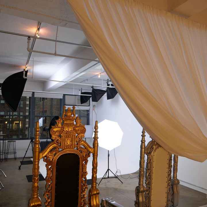 """Behind the curtains in """"Throne Room"""" at @loungestudiosny is a stylish makeup station & lounge area perfect for you and y..."""