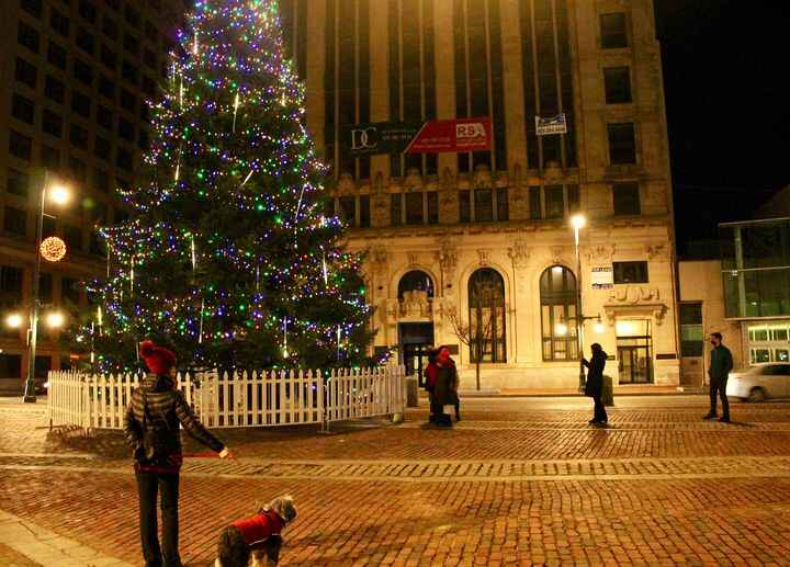 Merry Christmas and Happy Holidays from the team at Homeport Relocation Guide! There's no place like Portland [Maine] fo...