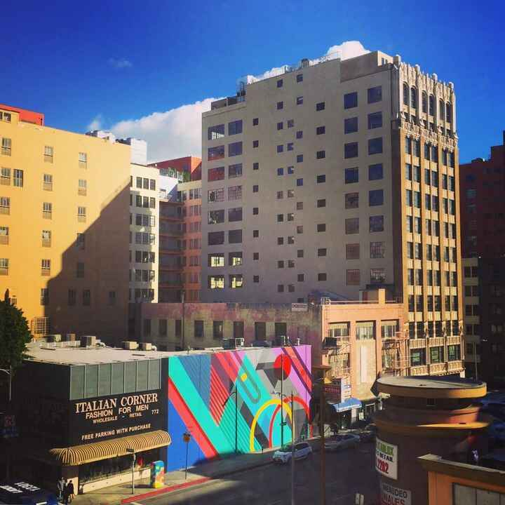The sun came out and our next door mural is in full effect. ❤️ #kobostudios #studiorental #photostudio #dtla #dailydoseo...