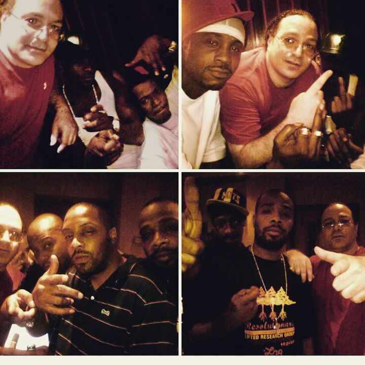 Definitely #throwback Friday. These pictures were taken with a #sidekick. Anybody know what that is ? Lol Shout out to m...