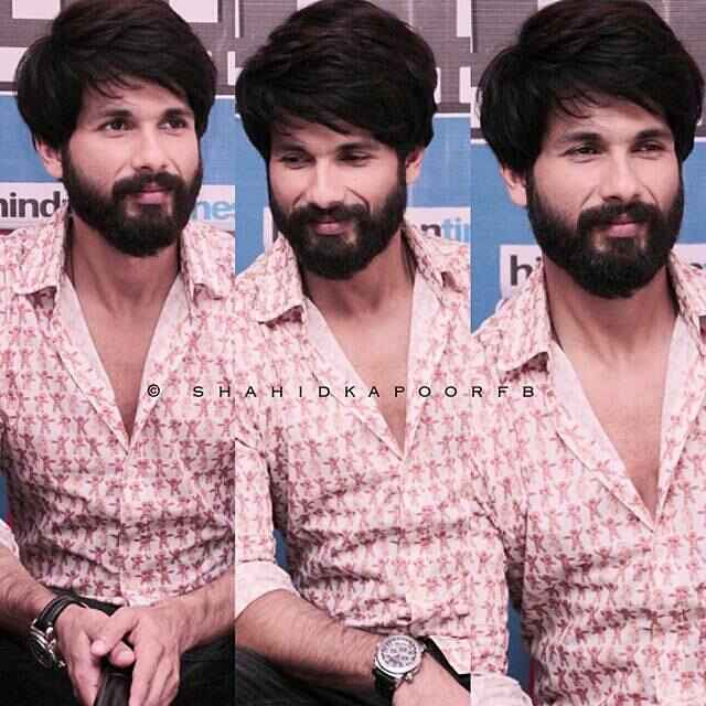 During Shandaar's Promotion. He is such a hottie.