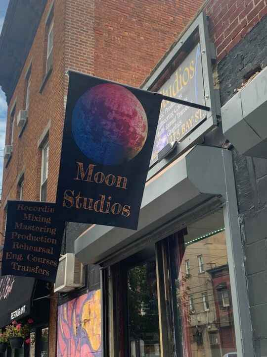 New sign for the moon!!!
