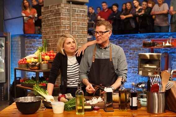 Don't miss another double premiere of #BeatBobbyFlay tonight at 10 and 10:30PM ET on @foodnetwork #SundayFunday